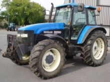 Used New Holland 8260 Tractor for sale | Machinio
