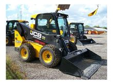 JCB 300 Skid-Steer Loaders