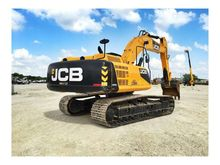 JCB JS330 Excavators