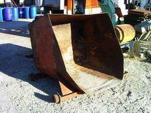 Used STEEL BIN BM114