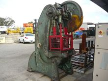 GOETZ&SONS 50C INCLINABLE PRESS