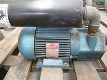 Used VACUUM PUMP BM1