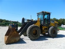 Used DEERE 544J in N