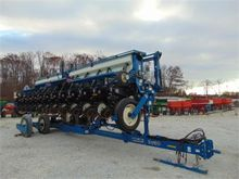 Used KINZE 3650 in N