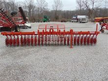 Used YETTER 3415 in