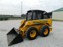 Used 2000 DEERE 250