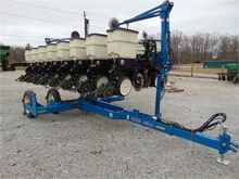 Used KINZE 3500 in N