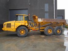 2002 VOLVO A 25 D