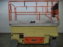 2006 JLG 3246ES