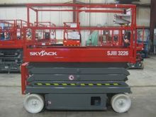 2005 SKYJACK SJIII3226