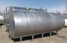 Used TANK, 3000 USG,