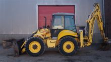 2011 New Holland LB115 B