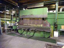 LVD PP 220 ton x 4500 mm CNC Hy