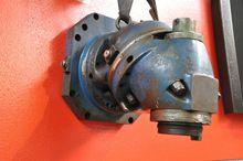 Universal Huron milling head IS