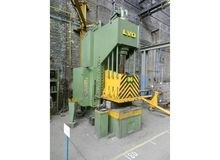 LVD EMC 200 ton Open gap presse