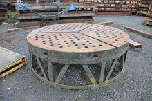 Used Round table Ø 2