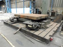 Cornac turntable 3000 x 2000 mm