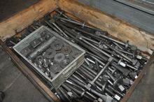 Clamping elements for workpiece