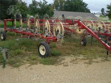 Used 2014 H & S BF12