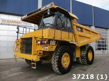 2001 Caterpillar 771D Dumper