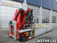 2004 Open box with Fassi 25 ton