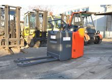 Used 2008 Linde T24S