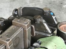 Eckold forming tools Shrinking