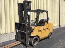 Used Caterpillar GC55 Forklift 3 - 5 tons lifting capacity for sale
