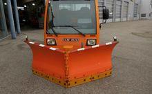 2000 Unimog UX 100