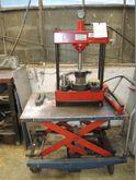 Bench Straightening Press