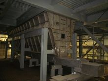 2011 Orthman Screw Conveyor