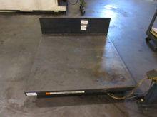 Vestil UNI-4848-4 4000 lbs. Cap