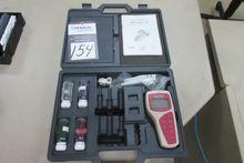 Oakton RS232 PH/V/Temp Meter Un
