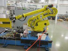 2011 Fanuc R2000iB-125L Robot