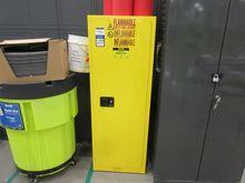 Uline H-2570M 22 Gallon Single