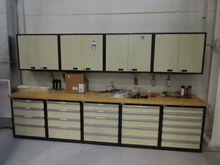 Lista (5) Cabinet 144'' x 30''