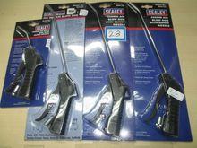 Sealy Air blow gun
