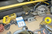 Lot of Saw