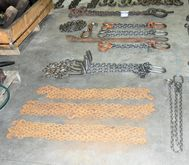 Lot of Size Lifting Chain