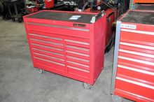 US General 13-Drawer Tool Box