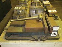"""Kurt D-100 10"""" machine Vise"""