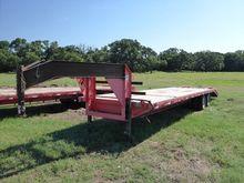 2013 2013 Parker Flat Deck Goos