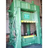 Minster E4-200-72-60 200-Ton St