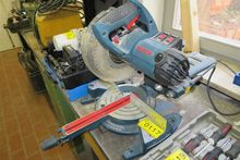 2009 panel saw Bosch GCM 8S