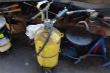 24 liters mobile oil unit with