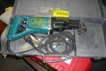 Power Saver Makita JR3000V