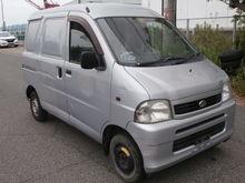 2004DAIHATSULE-S200V