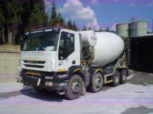 2008 IVECO TRAKKER 410T44