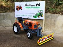 Kubota B5001 Compact Tractor wi