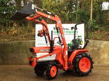 Kubota B1500 Compact Tractor wi